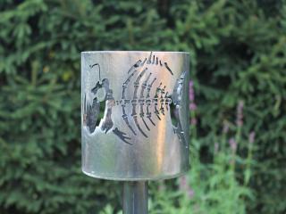 Bild Gartenfackel Anglerfischskelett