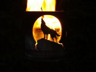 Bild Gartenfackel Wolf vor Mond